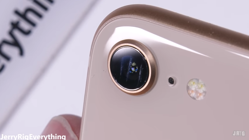iPhone8耐久テストscrachtest8