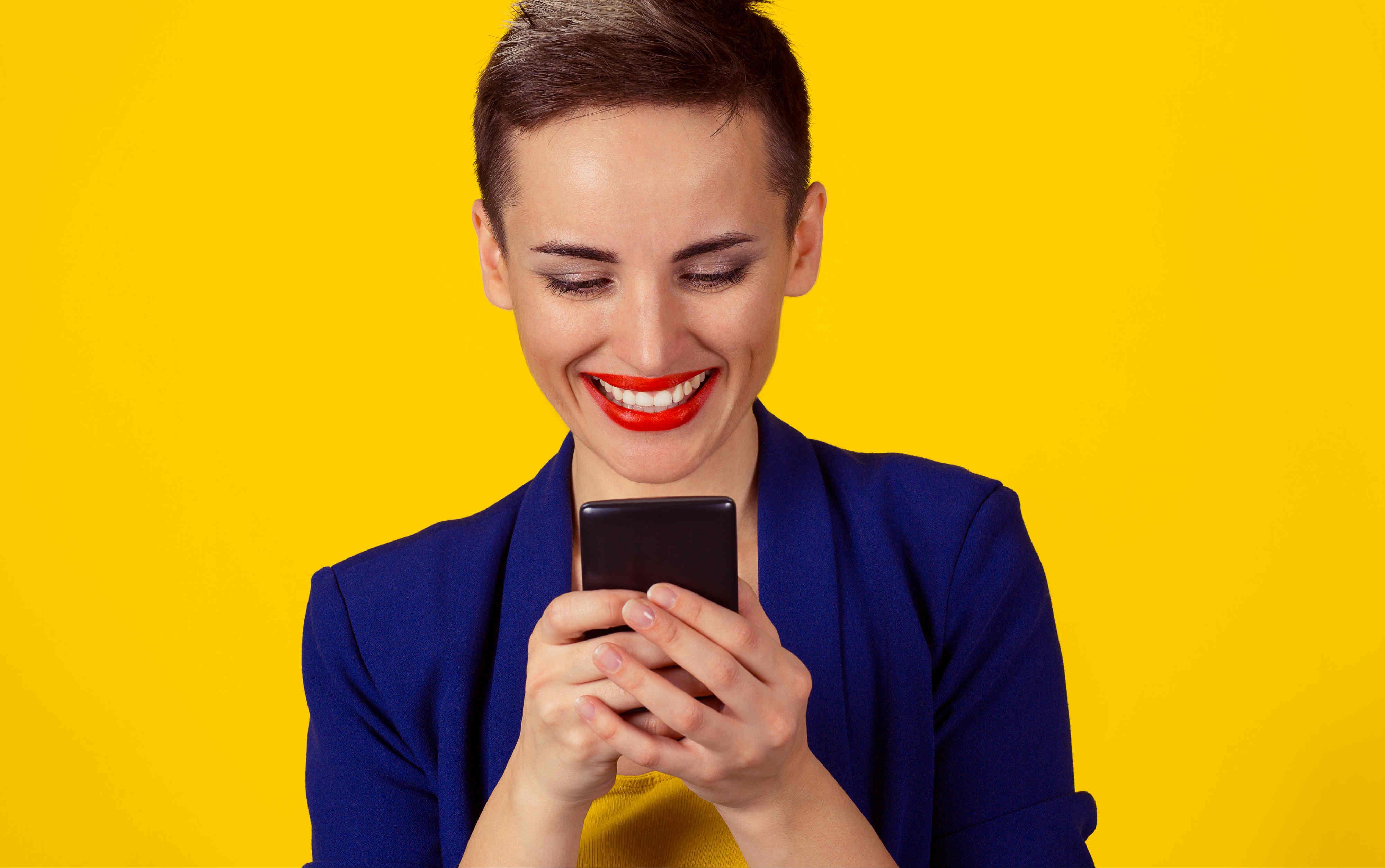 携帯会社の新規契約キャンペーンを徹底比較!最安2,480円!?