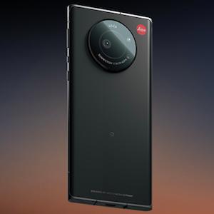 ライカスマホ「LEITZ PHONE 1」ソフトバンクが独占販売!R6との比較も